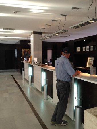 Eurostars Toledo: Reception