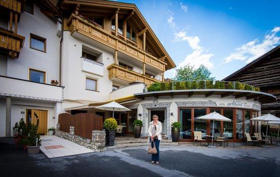 Hotel Gebhard : Hotel Entrance