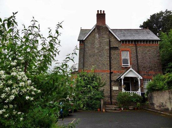 Highcliffe House: exterior