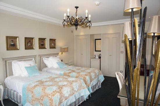 Villa Lara Hotel: Our room