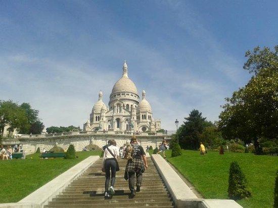 Basilika Sacré-Cœur (Montmartre): O caminho é longo...
