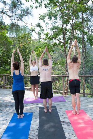 Hidden Valley Inn: Yoga at one of our 3 platforms