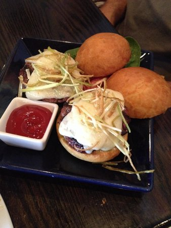 Over The Tapas: Beef Sliders