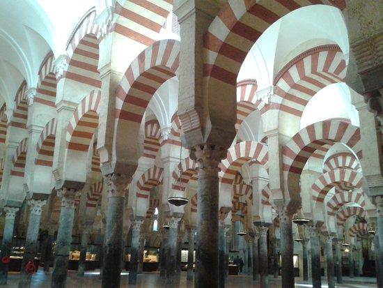 Mezquita-Catedral de Córdoba: impresionantes arcos