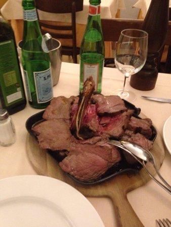 Il Rifugio del Ghiottone: Ottima fiorentina per due...carne sempre di ottima qualità...