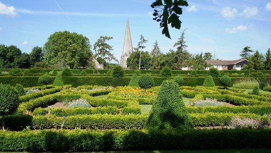 Westbury Court Gardens