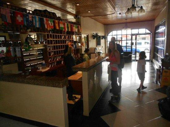 Hotel Alcala: RECEPTION