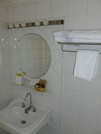 Hotel Terminus : Salle de bain bis