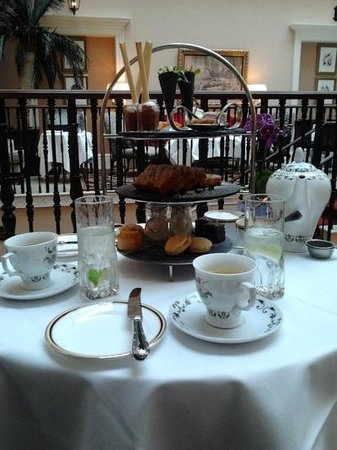 The Westin Dublin: peculiar afternoon tea