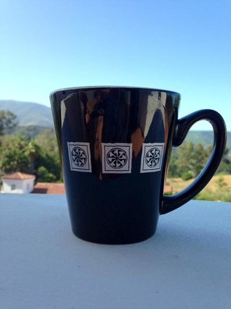 Ojai Valley Inn: Enjoying a cup of tea from the complimentary Keurig machine in room