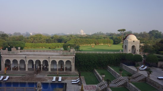 The Oberoi Amarvilas: View From Lobby/Bar