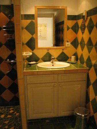 La Radassiere : Cotignac, La Radassière - bathroom