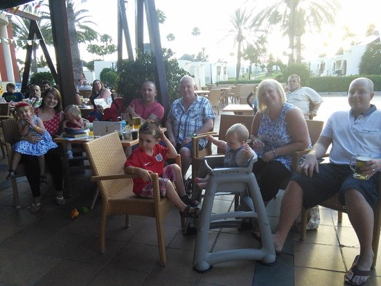 HD Parque Cristobal Gran Canaria: watching England!!