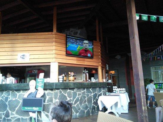 HD Parque Cristobal Gran Canaria: bar tv