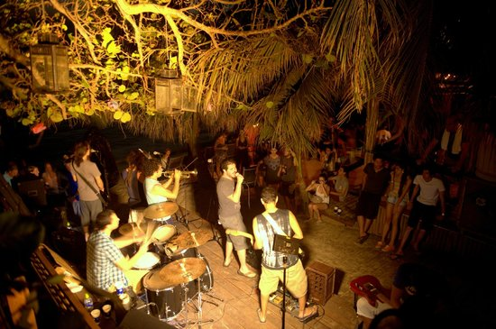 Sundowners : Live music event at Sundowner's