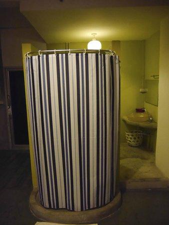 Mystic Place: Douche dans la chambre