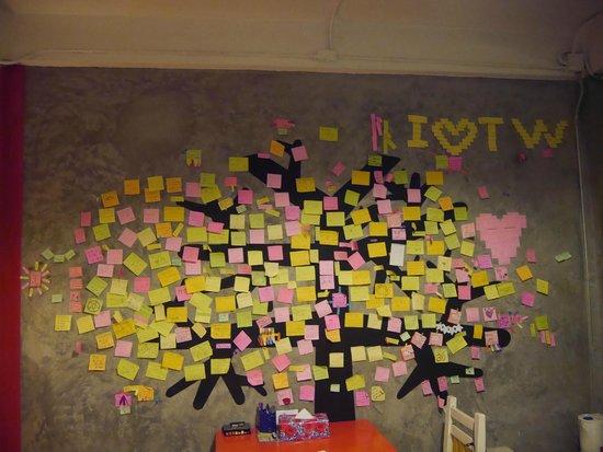 Mystic Place: Mur d'expression dans la chambre
