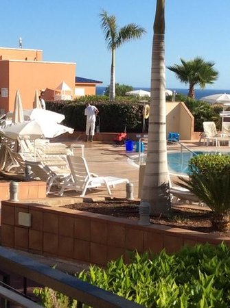 Holiday Village Tenerife: This area was reported 3 times to First Choice but only cleaned after i pointed it out to hotel