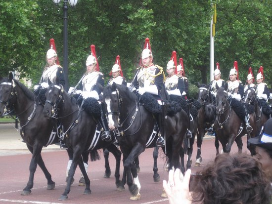 Buckingham Palace: The Royal Horse Guard.