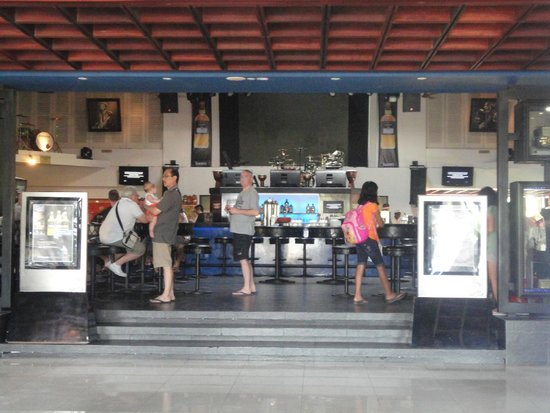 Hard Rock Hotel Bali: Entrance