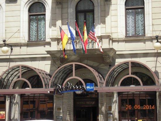 Radisson Blu Beke Hotel, Budapest: entrada