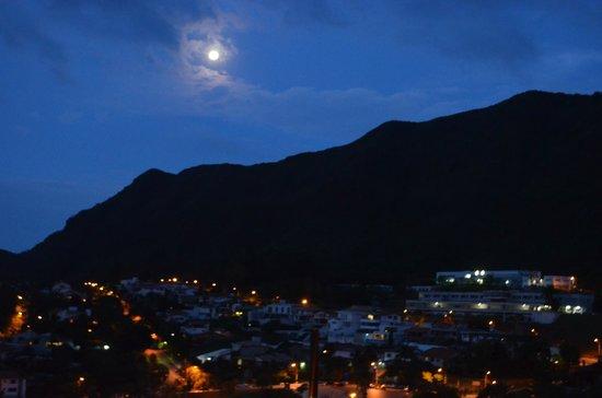 Parque Serra Do Curral: Visão noturna de sua forma