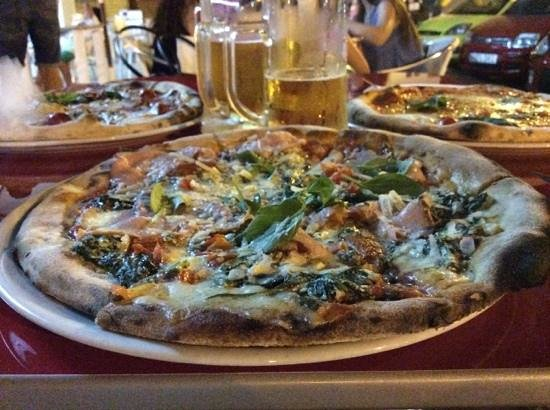 Pizza y Pasta: Pizza Culturista