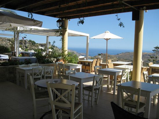 Mirthios, Grèce : breakfast and dinner area