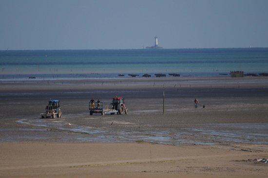 Hôtel Le Bretagne : la plage vue de la chambre