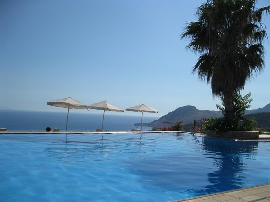 Stefanos Village Hotel : view from pool
