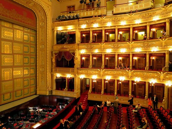 National Theater: Interior, National Theatre