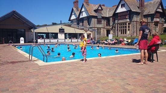 Twitchen House Holiday Village: twitchens outdoor pool