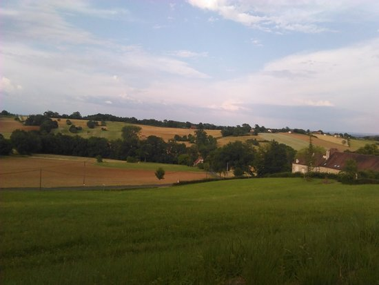 Cazillac, Francia: view from the garden