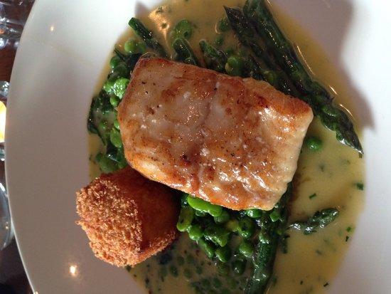 Kingswood Bar & Restaurant: Turbot with Prawn Arancini