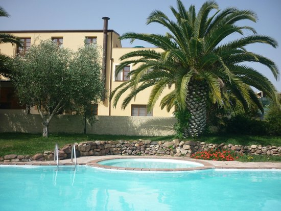 Alghero Resort Country Hotel: Piscina