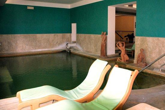 Vasche dell 39 acqua picture of albergo posta marcucci - Bagno vignoni hotel posta marcucci ...