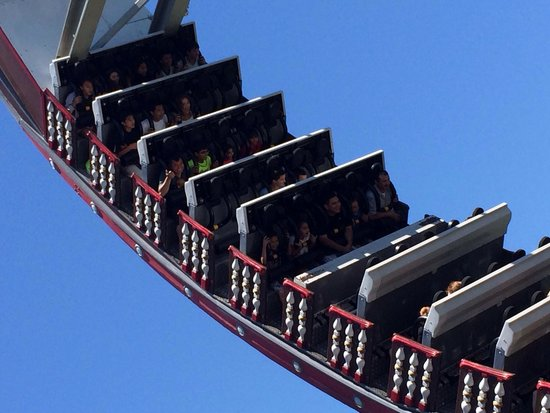 California's Great America: Ship! Goes all the way upside down. Stays that way for about 5 seconds! Eeek!!