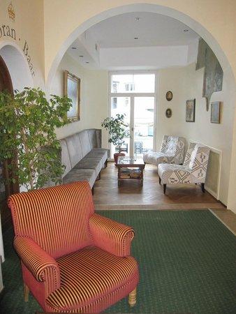 St. Petersbourg Hotel: Recepción