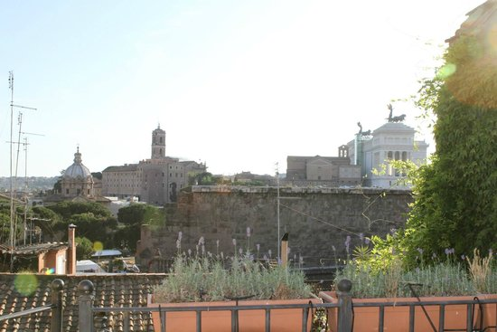 The Inn At The Roman Forum : view from our patio