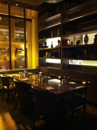 JW Marriott Chicago: The Florentine Restaurant