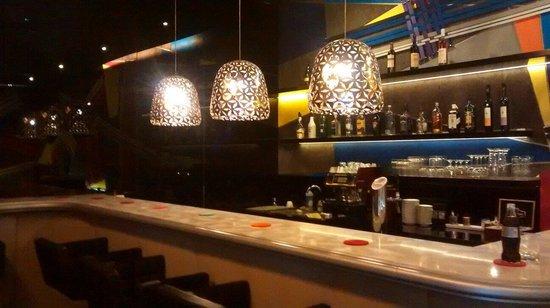 Casati Budapest Hotel: Bar area