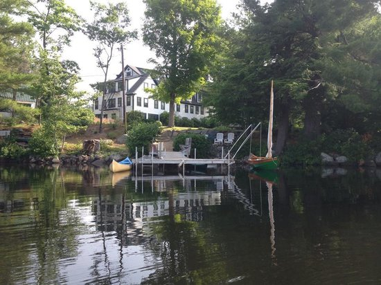 Follansbee Inn: view from the lake