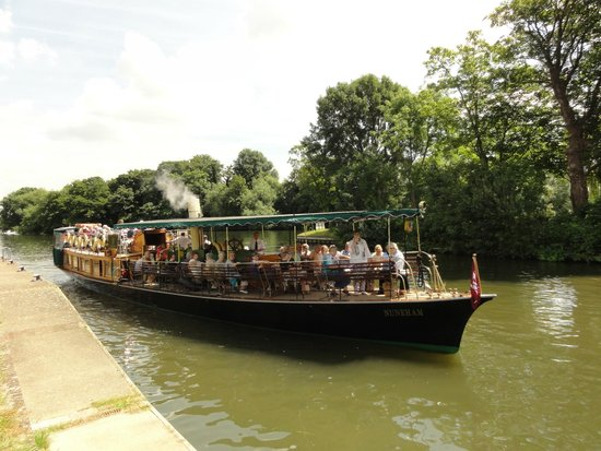 French Brothers : Thatcham U3A Travel Group aboard S.L. Nuneham