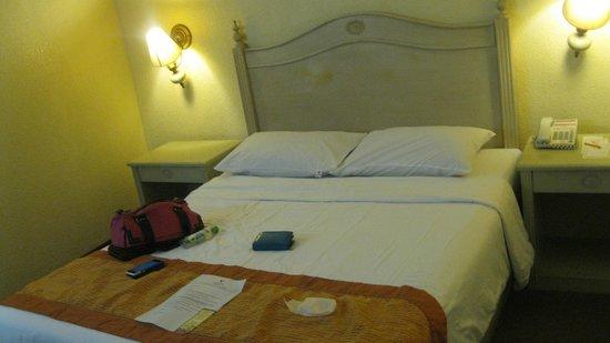 Hotel Veniz: bed