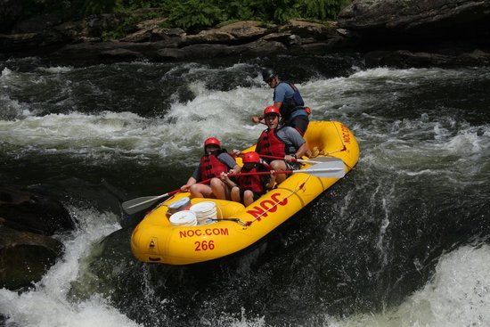 Nantahala Outdoor Center - Private Adventures: Bull Sluice
