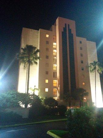 The Enclave Hotel & Suites: Block 1