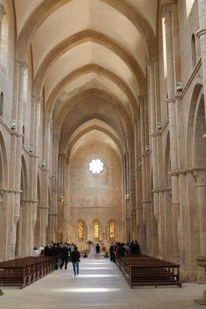Abbazia di Fossanova : navata centrale