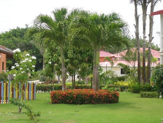 Grand Bahia Principe La Romana: Nice Grounds