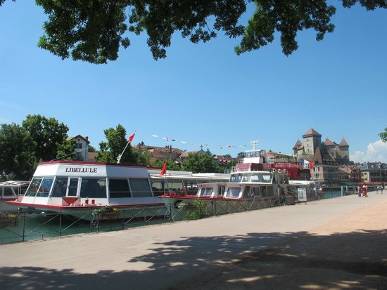 Compagnie des Bateaux du Lac d'Annecy : Docks at Quai Napoléon III, Annecy