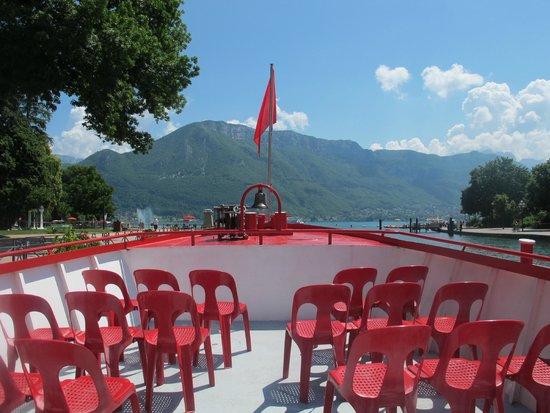 Compagnie des Bateaux du Lac d'Annecy : Front of the Omnibus